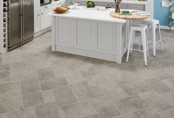 ST16-GreyRivenSlate-DS10-3mm-FamilyKitchen-P1_CM
